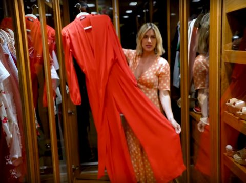 Giovanna Ewbank abre o seu novo closet e mostra sua coleção de roupas e sapatos