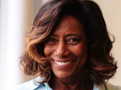 Gloria Maria passa por uma cirurgia no cérebro em hospital no Rio de Janeiro