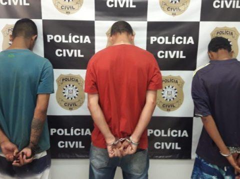 Suspeitos de tráfico de drogas são presos em Alvorada